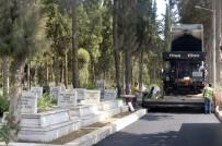 AKBELEN - Mezarlıklarda Bayram Hazırlığı