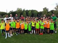 NAZİLLİ BELEDİYESPOR - Nazilli Belediyespor Yaz Futbol Okulları Başladı
