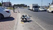 SARıLAR - Otomobil Motosiklete Çarptı Açıklaması 1 Yaralı