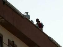 DÖNER BIÇAĞI - (Özel) Esenyurt'ta Sinir Krizi Geçiren Baba Dehşet Saçtı
