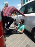 TAKSIM - Taksim Meydanı'nda İbretlik Görüntü