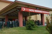 AĞIR YARALI - Patnos'ta Trafik Kazası Açıklaması 1 Ölü, 3 Yaralı