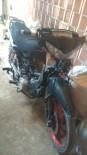 Polise Kızdı, Motosikletini Parçaladı