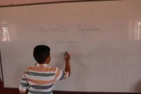 ŞEHIT - Şehit Olduğu İddia Edilen Öğretmenin Görev Yaptığı Köydeki Vatandaşlar Üzüntülü