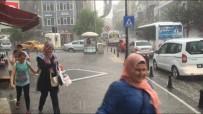 GÜNEŞLI - Şiddetli Yağış Vatandaşları Hazırılıksız Yakaladı