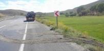 Sivas'ta Otomobil Tarlaya Uçtu Açıklaması 7 Yaralı