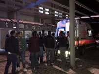 DİREKSİYON - 4 Kişinin Yaralandığı Trafik Kazasında Can Pazarı Yaşandı