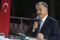 ULAŞTIRMA DENİZCİLİK VE HABERLEŞME BAKANI - Bakan Arslan, Ulaştırma Bakanlığı Personeliyle İftarda Bir Araya Geldi
