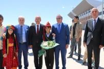 ATAULLAH HAMIDI - Başbakan Yardımcısı Şimşek, Anne Ve Babasının Mezarını Ziyaret Etti