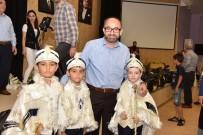 NECİP FAZIL KISAKÜREK - Başkan Üzülmez Çocukların Sünnet Kıyafetlerini Dağıttı