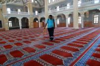 HASAN AKGÜN - Büyükçekmece'nin Camileri Bayramda Gül Kokacak