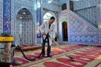 MALTEPE BELEDİYESİ - Camilerde Ramazan Temizliği