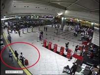 NÜFUS CÜZDANI - DHKP-C'li Terörist Atatürk Havalimanı'nda Sahte Pasaportla Yurtdışına Kaçarken Yakalandı