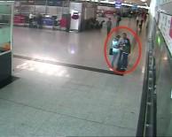 NÜFUS CÜZDANI - DHKP-C'li Terörist Havalimanında Böyle Yakalandı