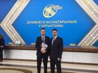 NURSULTAN NAZARBAYEV - Dünya Kazakları Astana'da Toplandı