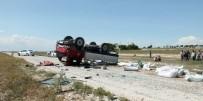 112 ACİL SERVİS - Kamyonet Takla Attı Açıklaması 1 Ölü, 1 Yaralı