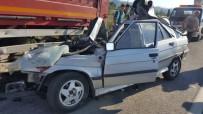 AĞIR YARALI - Kazada Ağır Yaralanan Sürücü Kurtarılamadı
