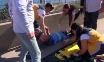 BÜNYAMİN K - Kocaeli'de Trafik Kazası Açıklaması 2 Yaralı