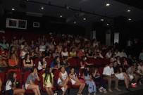 KAYALı - Kuşadası Belediye Tiyatrosu Kursiyerleri Sertifikalarını Aldı