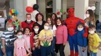 BAKIM MERKEZİ - Onkoloji Bölümünde Kalan Çocuklara Bayram Morali