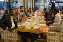 ESKIŞEHIR OSMANGAZI ÜNIVERSITESI - 50 Farklı Ülkeden Gelerek Türkiye'de İftar Yaptılar