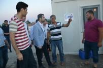 DEPREM - AK Parti'li Gençler Depremzedelerin Gönül Sofrasında