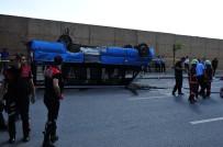 GÖRGÜ TANIĞI - Ankara'da Otomobil Dolmuşla Çarpıştı Açıklaması 17 Yaralı
