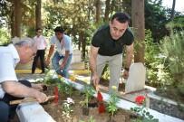 GÜZELBAĞ - Başkan Yücel, Şehit Mezarlarını Ziyaret Etti