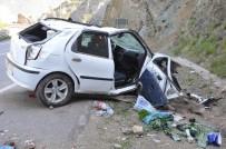 Bayram Tatiline Giden Aile Kaza Yaptı Açıklaması 4 Yaralı