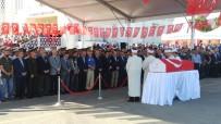 ŞEHİT ÜSTEĞMEN - Bingöl Şehidi Üsteğmen Arif Kalafat, Son Yolcuğuna Uğurlandı