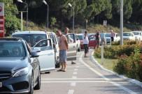 GEYIKLI - Çanakkale'de kilometrelerce feribot kuyruğu oluştu