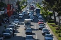 EMNIYET KEMERI - Karadeniz Sahil Yolu'nda Trafik Yoğunluğu