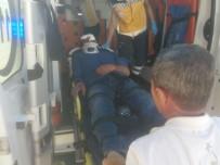Otomobille Motosiklet Çarpıştı Açıklaması 1 Yaralı