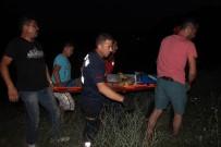 AĞIR YARALI - Uçurumdan Yuvarlanan Engelli Uzun Uğraşlar Sonucu Kurtarıldı
