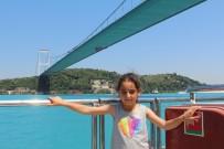 EYÜP SULTAN - Yüksekovalı Yağmur Dümeni Boğaza Kırdı