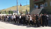 ALI HAYDAR - 40 Yıldır İlk Bayram Ziyareti Mehmetçiğe