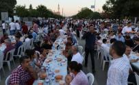 İFTAR YEMEĞİ - AK Parti Adana İl Başkanlığı'ndan İftar Yemeği