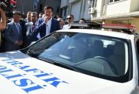 EKONOMİ BAKANI - Bakan Zeybekci Telsizden Anonsla Polislerin Bayramını Kutladı