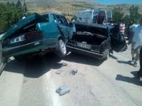 KİBARİYE - Bayramlaşma Yolunda Kaza Açıklaması 9 Yaralı