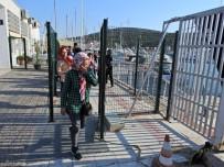 KAÇAK - Çeşme'de 28 Kaçak Göçmen Daha Yakalandı