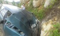 Cide'de Trafik Kazası Açıklaması1 Yaralı