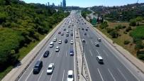 TRAFİK YOĞUNLUĞU - Fatih Sultan Mehmet Köprüsü'ndeki Trafik Yoğunluğu Havadan Görüntülendi