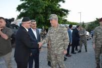 MUSTAFA TUTULMAZ - Genelkurmay Başkanı Orgeneral Akar, Bayram Namazını Tillo'da Kıldı