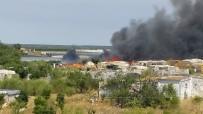 HELIKOPTER - İspanya Alev Alev Açıklaması Bin 500 Kişi Evlerinden Tahliye Edildi