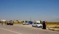 TRAFİK GÜVENLİĞİ - Karaman'da Jandarmadan Bayram Uygulaması