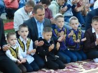 İSLAM BIRLIĞI - Kosova'da Ramazan Bayramı Sevinci