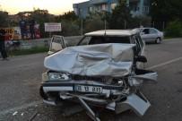 ALKOL MUAYENESİ - Kozan'da Zincirleme Trafik Kazası Açıklaması 3 Yaralı