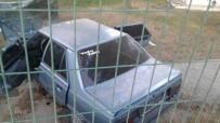 Otomobil Bahçeye Uçtu Açıklaması 3 Yaralı