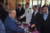 ÜNAL DEMIRTAŞ - Protokol Üyeleri Ve Halk AKM' De Bayramlaştı