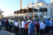 Ramazan Bayramında Camiler Dolup Taştı